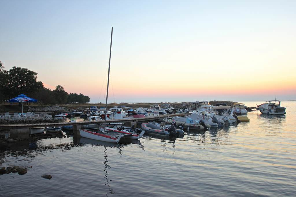 Aquarius mini marina Porec barke